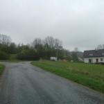 příjezd do Zámezí - silnice vlevo vede k lokalitě